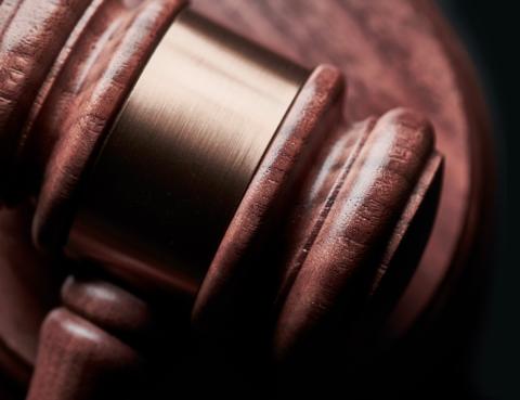 Martillo de madera justicia